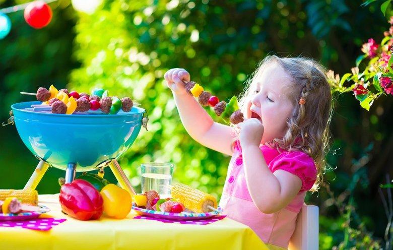 Beim Kochen für Kinder sollte auf eine abwechslungsreiche und gesunde Kost geachtet werden.