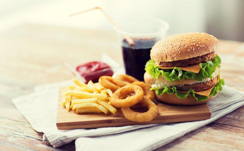 Viele Zivilisationskrankheiten sind auf eine ungesunde Ernährung zurückzuführen.