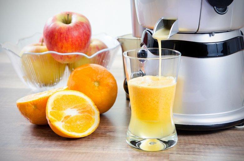 Für eine recht einfache Saftkur eignen sich am besten frisch gepresste Fruchtsäfte.