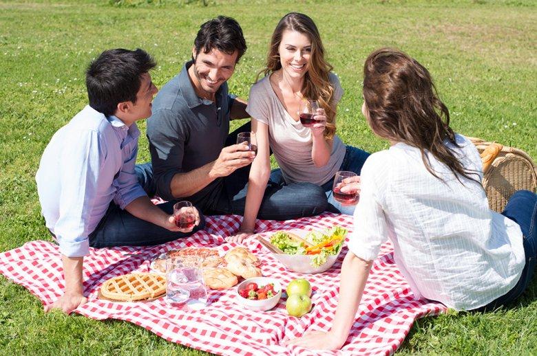 Im Frühling sollte man die ersten warmen Sonnenstrahlen genießen und Vitamin D tanken.