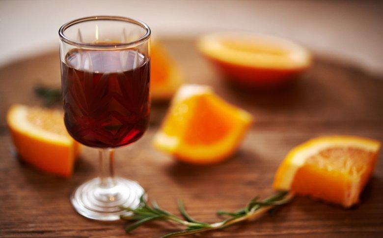 Portwein zählt zu den Süßweinen und wird gerne zum Dessert serviert.