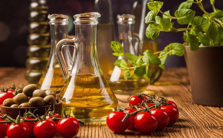 Für die Zubereitung einer Vinaigrette sollten hochwertige Pflanzenöle verwendet werden.