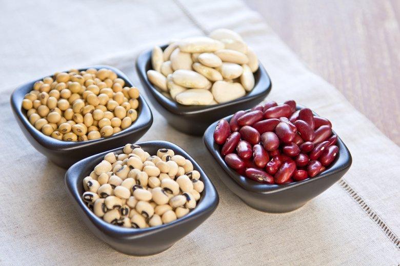 Bohnen haben viele Proteine und Ballaststoffe und sorgen für ein langes Sättigungsgefühl.