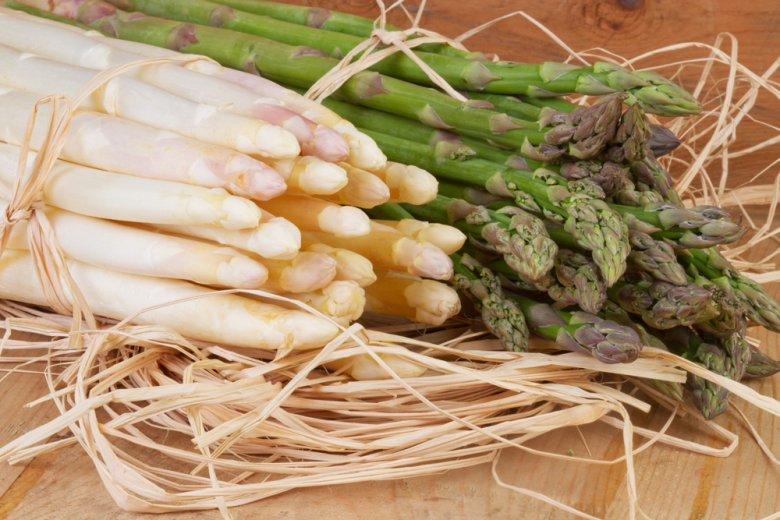 Spargel schmeckt nicht nur gut, er ist auch kalorienarm & gesund.