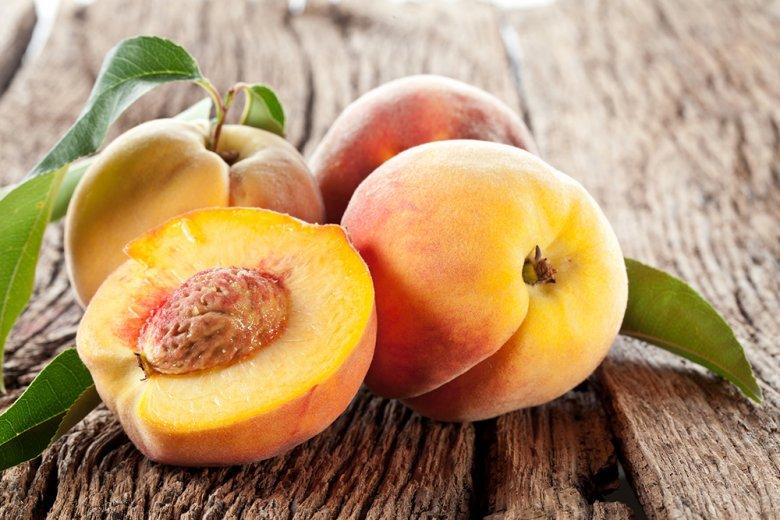 Am besten schmecken diese süßen Früchte, frisch gepflückt vom Baum.
