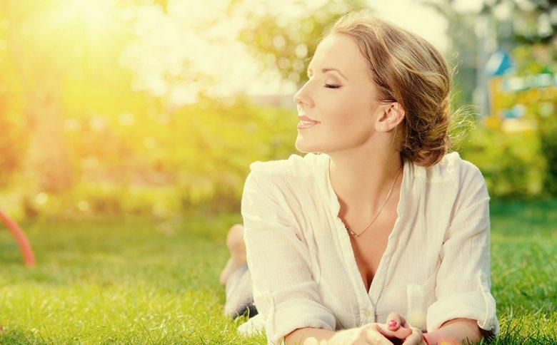 Durch das Heilfasten kann das Wohlbefinden gesteigert werden.