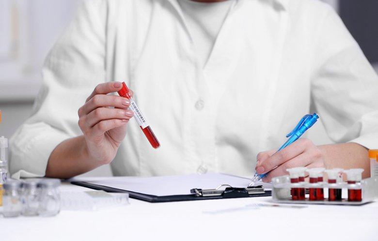Um abzunehmen ist bei der Blutgruppendiät die Ernährung abhänig von der Blutgruppe.