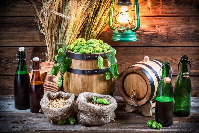 Mit ein wenig Grundwissen kann jeder Bierliebhaber sein eigenes Bier brauen.