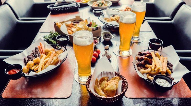 Je deftiger die Speisen desto würziger und stärker sollte auch das Bier sein.