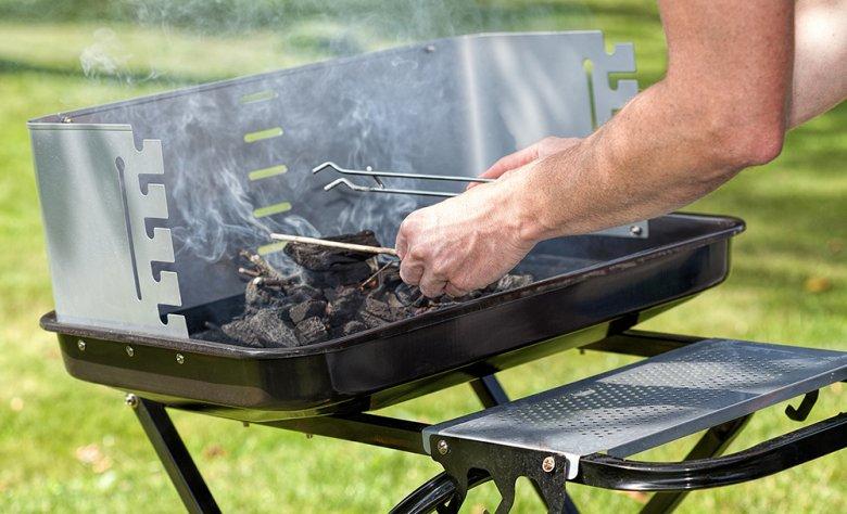 Für perfekten Grillgenuss sollte die Kohle gut und gleichmäßig durchgelüftet sein.