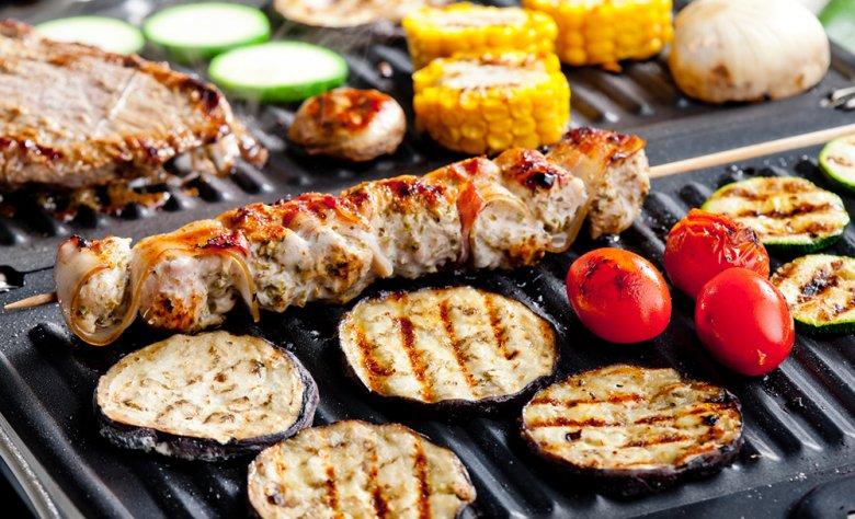 Ein klarer Vorteil des Elektrogrill gegenüber einem Holzkohlegrill ist, dass beim Grillvorgang keine gesundheitsschädlichen Stoffe entstehen können.