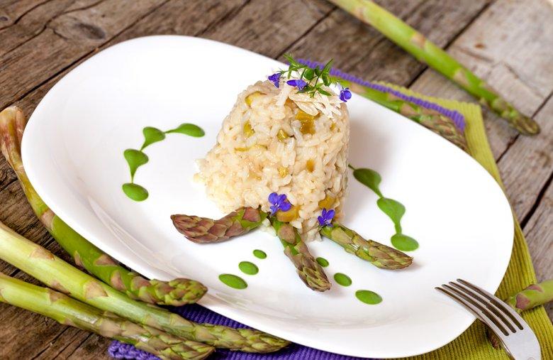 Spargel lässt sich auf vielfältige Art und Weise zubereiten.