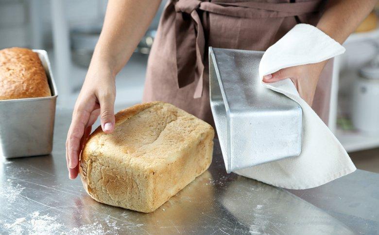Brot aus dem Dampfbackofen schmeckt besonders saftig und gut.
