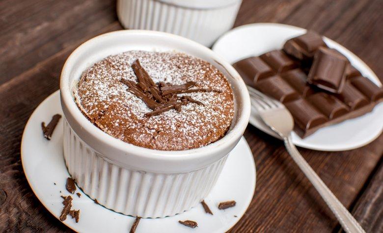 Auch Desserts, wie zum Beispiel ein Schokoladensoufflé können im Dampfgarer zubereitet werden.