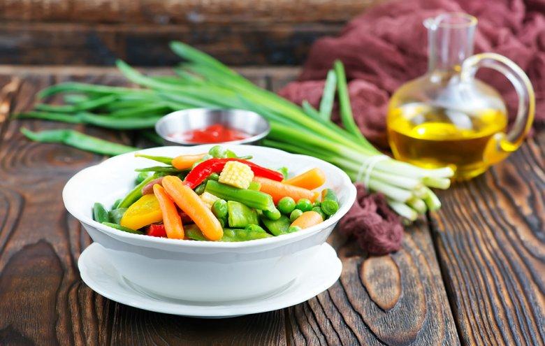 Gemüse aus dem Dampfgarer ist besonders knackig, frisch und farbintensiv.