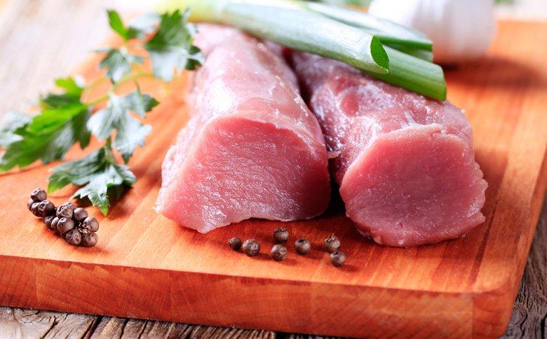 Das Filet gilt als zartestes und magerstes Fleischstück vom Schwein.