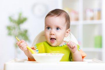 Ernährung von Säuglingen und Babys