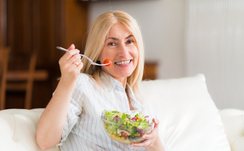 Viel Obst und Gemüse sollte in den Wechseljahren auf dem Ernährungsplan stehen.