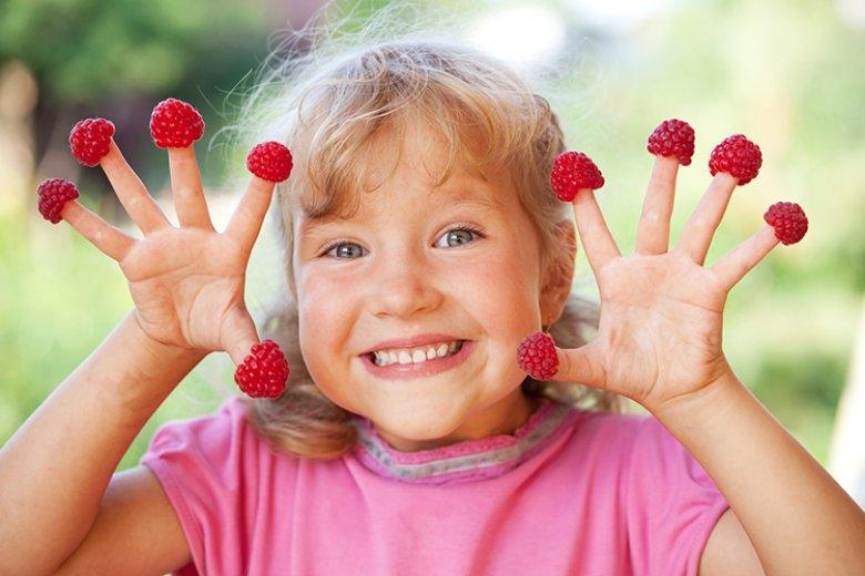 Mit einigen Tipps und Tricks kann Kindern eine gesunde Ernährung schmackhaft gemacht werden.