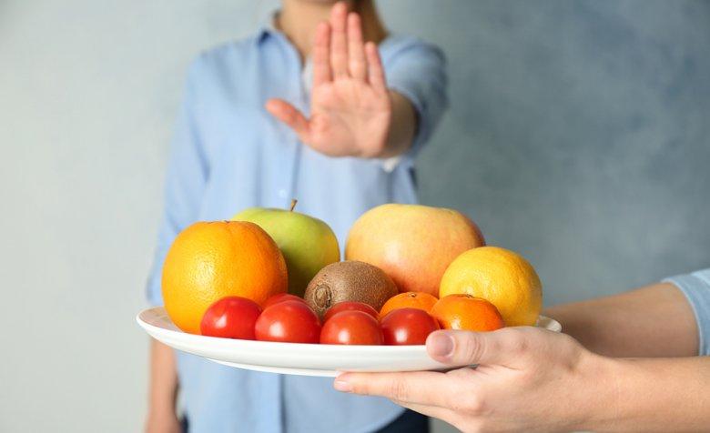 Bei einer Fruktose-Intoleranz kann der Fruchtzucker nicht richtig verdaut werden.