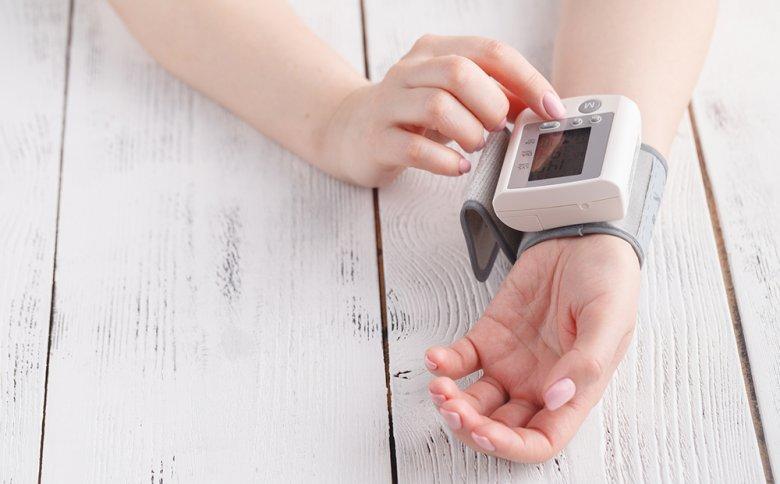 Rund 44 Prozent der Bürger in Deutschland sind von Bluthochdruck betroffen.