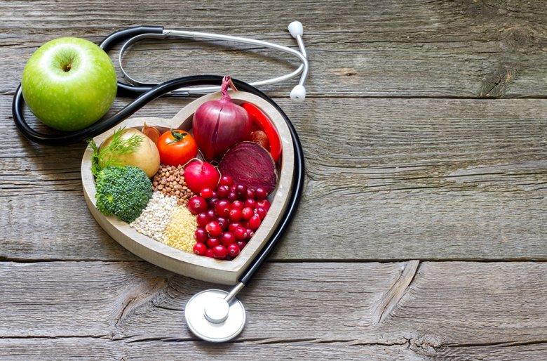 Eine gesunde und kochsalzreduzierte Ernährung wirkt sich positiv auf die Gesundheit und den Blutdruck aus.