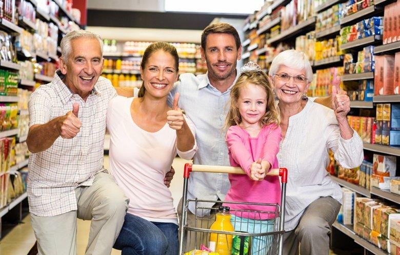 Unter anderem werden Konsumenten durch die Lebensmittelkennzeichnung über Herkunft, Haltbarkeit und Zutaten von Lebensmitteln informiert.