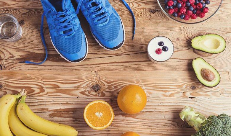 Die richtige Ernährung beim Sport ist von verschiedenen Faktoren abhängig.