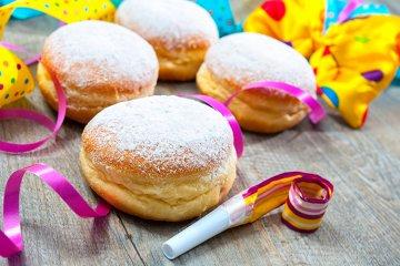 Bunte Karneval-Snacks