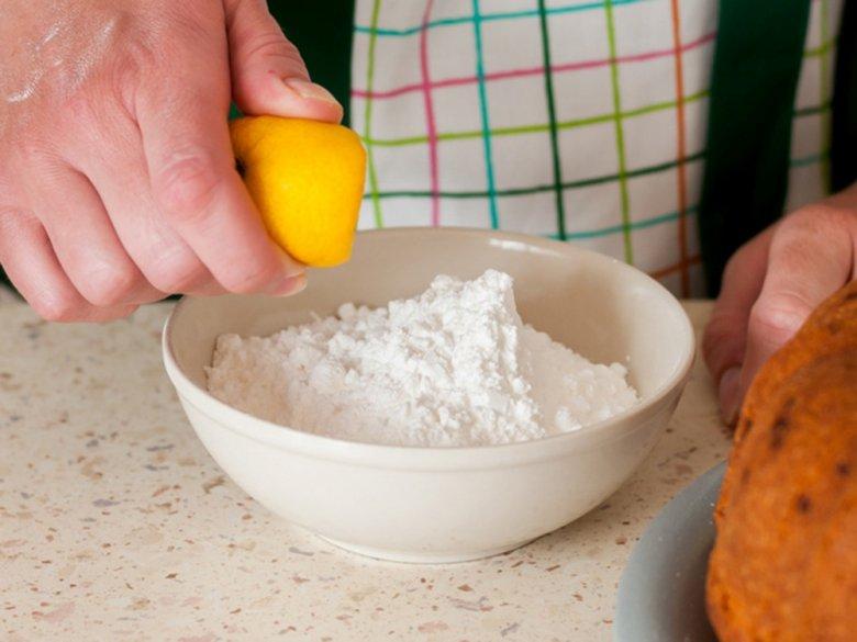 Himbeerkuchen mit Zitronenguss