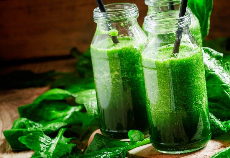 Grüne Smoothies schmecken nicht nur lecker sie sind auch noch gesund.