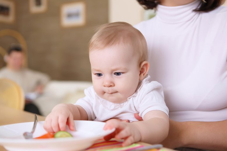 Baby Led Weaning hat viele Befürworter, aber auch viele Kritiker.