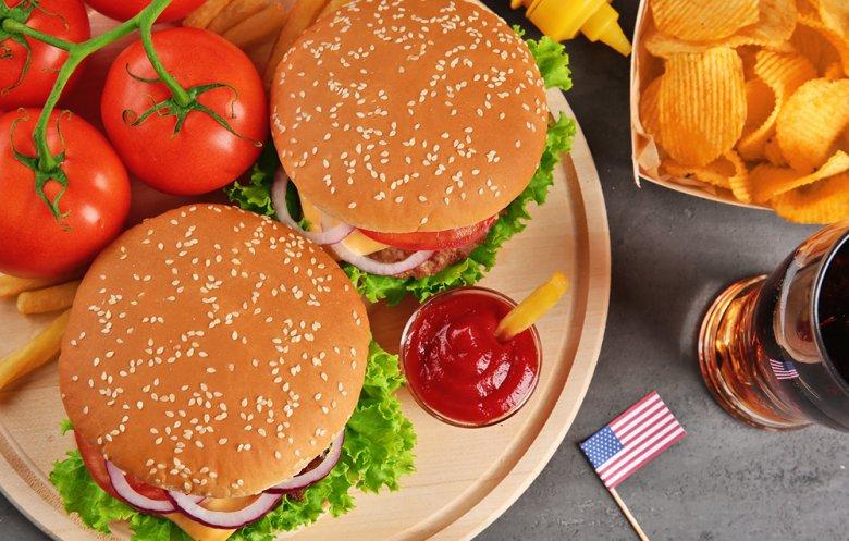 Burger werden in den USA in vielen verschiedenen Variationen angeboten.