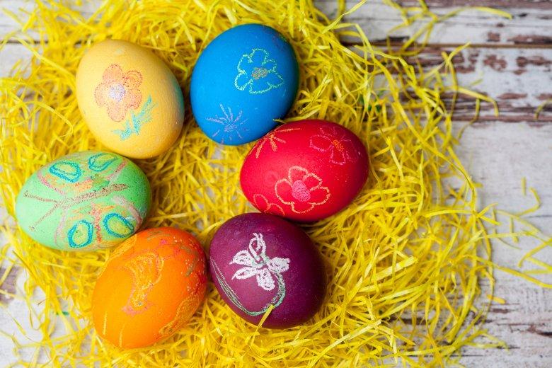 An Ostern findet man bunte Eier in allen möglichen Variationen.