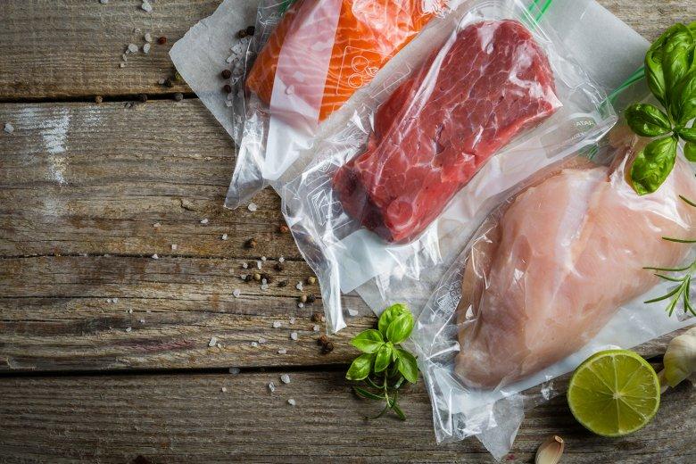 Auch Fleisch und Fisch eignen sich gut zum Vakuumieren und können somit haltbar gemacht werden.