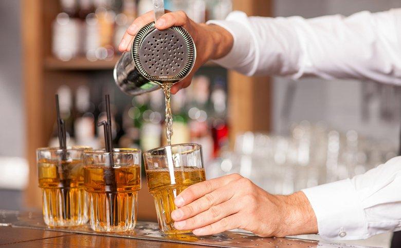 Es gibt drei verschiedene Arten von Cocktail Shakern.