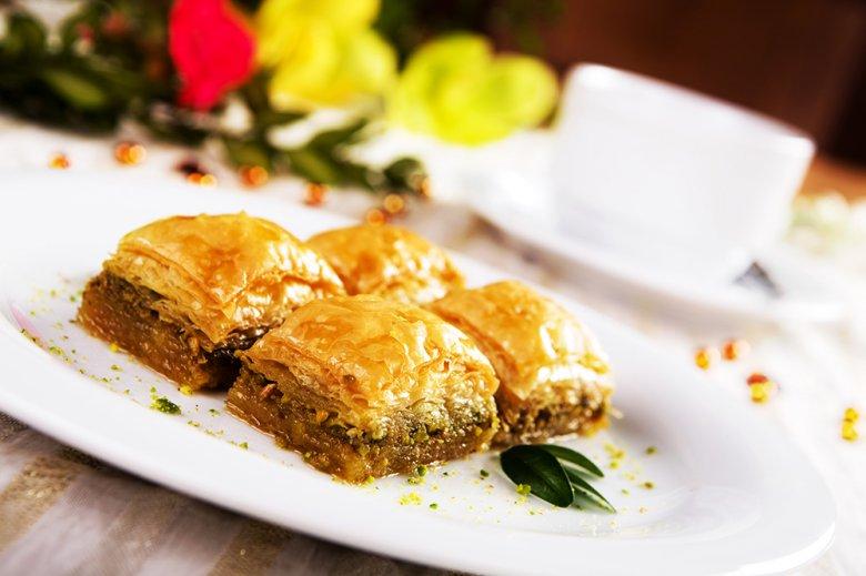 Die wohl bekanntesten Süßspeisen aus der Türkei sind Baklava.
