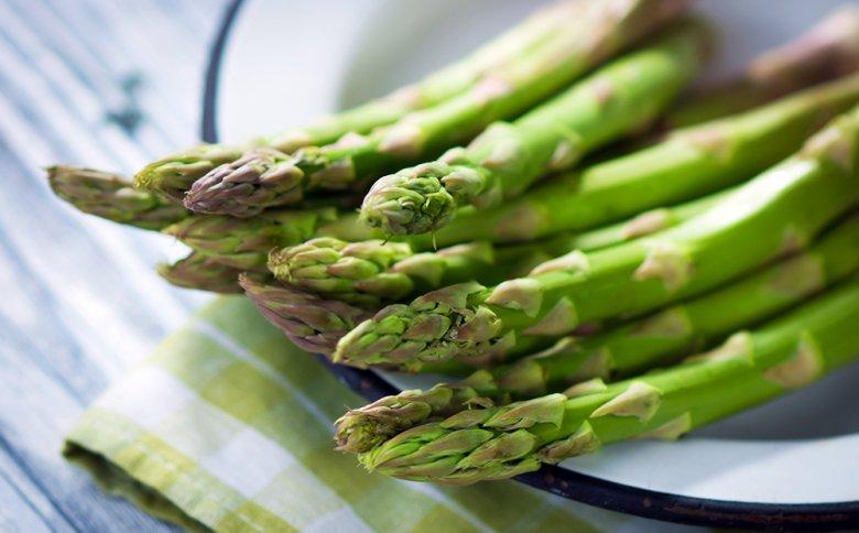 Spargel ist kalorienarm und reich an wichtigen Inhaltsstoffen.