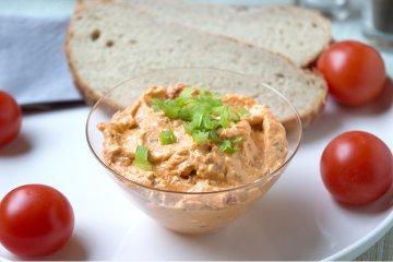 Veganer Tomaten-Paprika-Quark