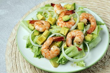 Shrimps-Avocado-Salat