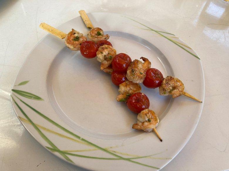 Garnelen-Spieße mit Tomaten