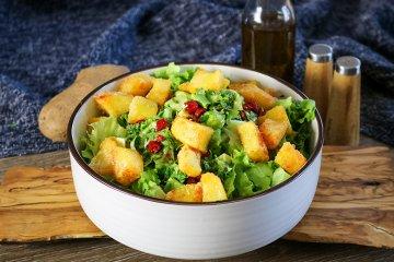Veganer Kartoffelsalat mit Avocado