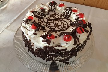 Schwarzwälder-Kirsch Torte