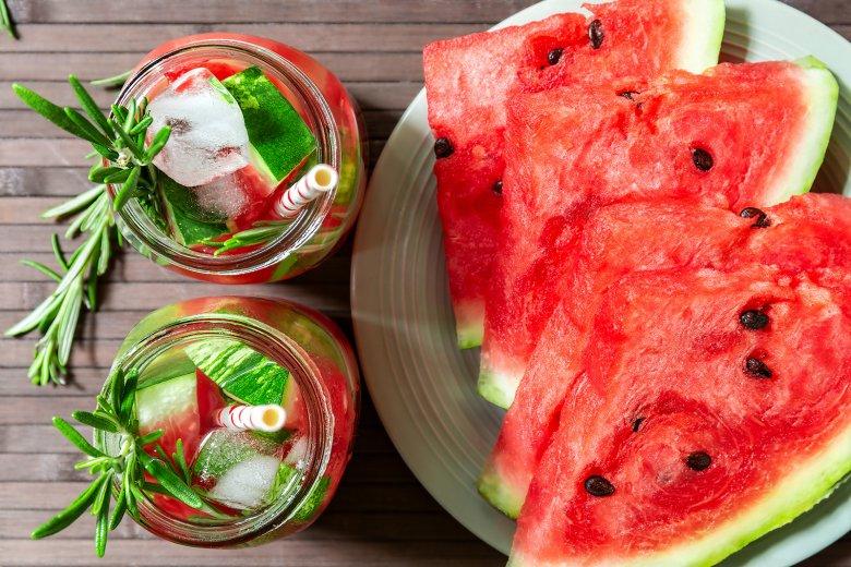 Wassermelonen-Rosmarin-Wasser