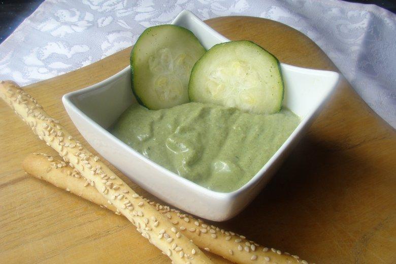 Aufstrich aus Zucchini und Spinat