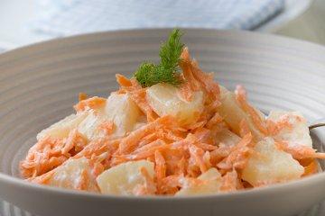 Karottensalat mit Ananas