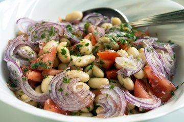 Türkischer Bohnensalat