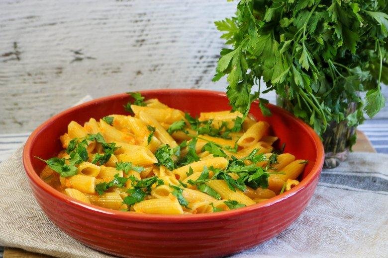 Pasta mit Honig und Möhren
