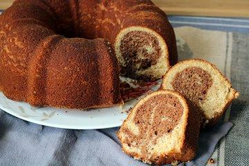 Marmorkuchen mit Dinkelmehl