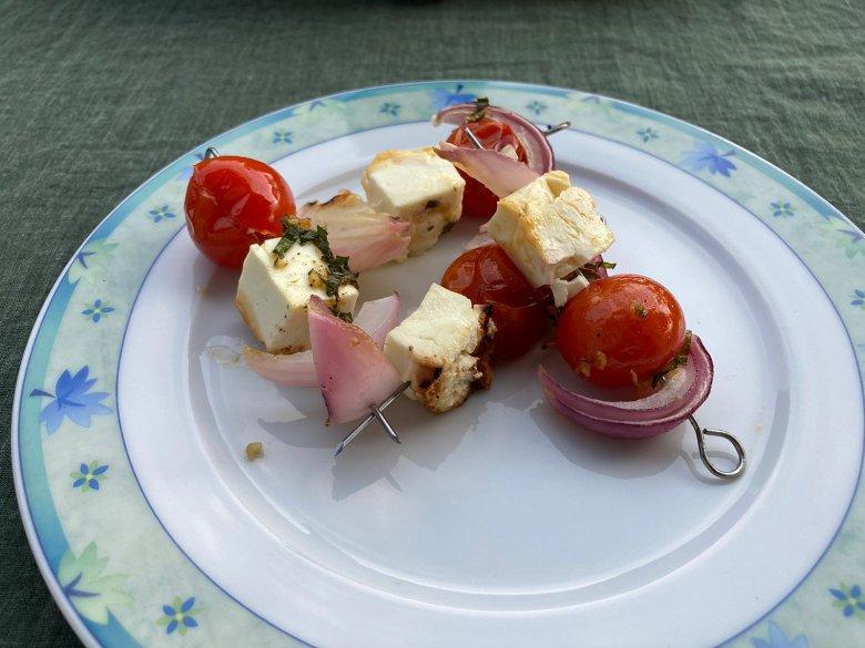 Gegrillte Feta-Tomatenspieße